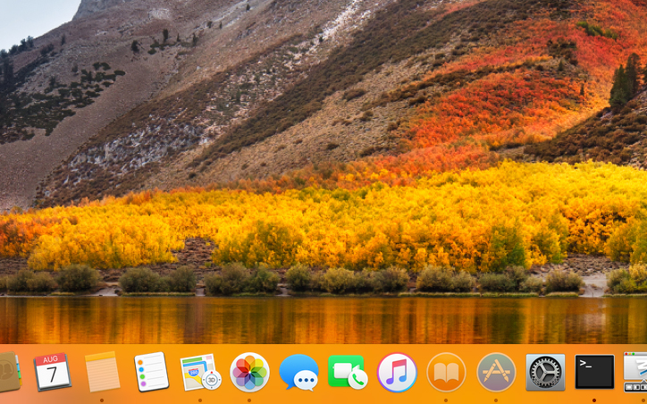 Highlight hidden apps in the Dock